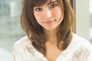 髪型 40代 ミディアム ひし形