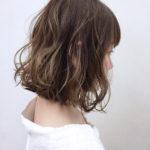 女性のくせ毛を生かした髪型でボブヘアならどんな髪型がおすすめ?
