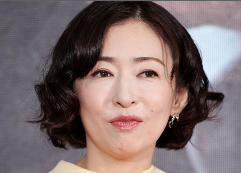 松雪泰子 髪型