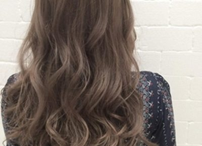 くせ毛を生かした髪型 女 ロング